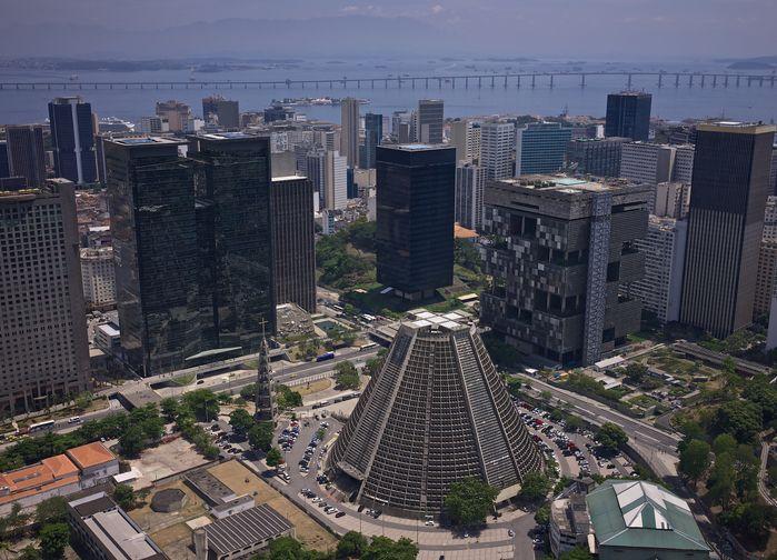 Sentrale Rio med katedralen